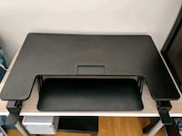 Height adjustable stand desk Burnaby, V3N 0A9