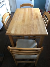 Wooden dining table set Johnstown, 12095