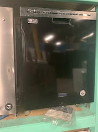 Brand new scratch and dent Maytag dishwasher working perfectly  Baltimore, 21223