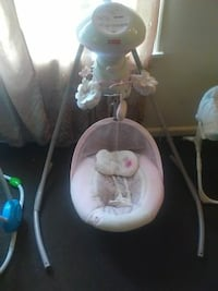 baby's white and pink cradle n swing Rochester, 14609