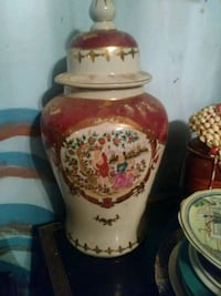 red and white floral ceramic urn Miami, 33144