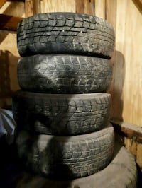 Set of winter tires on rims 524 km