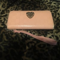 Gucci wallet New Westminster, V3M 2S4