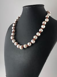 white and silver beaded necklace San Antonio, 78258