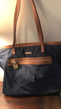 michael  khors purse Warrenton, 20187