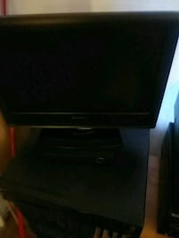 """17""""Television and DvD"""
