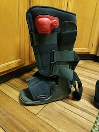 Aircast knee high for broken ankle. Lacey Township, 08731