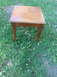 brown wooden drop-leaf table Belleville, 62221