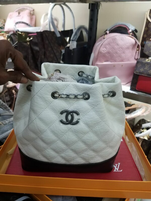 4751a0bc3736 Used white and black Chanel leather bucket bag for sale in Alpharetta -  letgo
