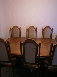 Negotiable  Wooden dining table 6 chairs Hamilton, L8W 0A1
