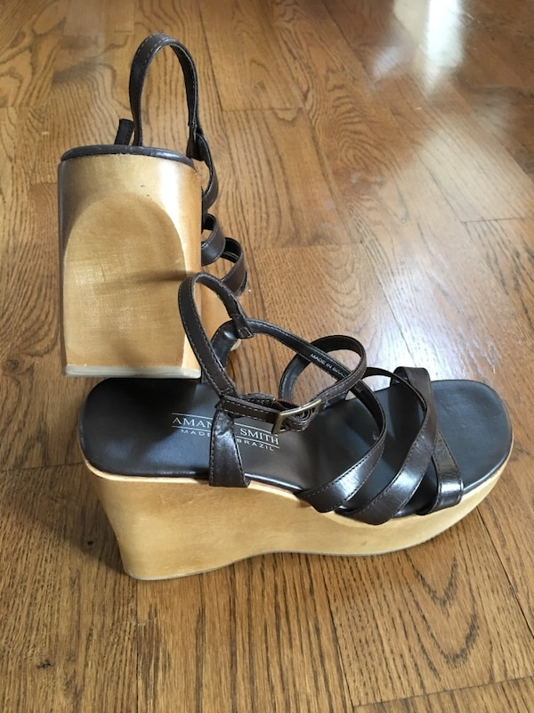 New Wooden Wedge Heels Shoes genuine leather 8.5 Nice Macy's not Walmart Made in Brazil 0a6834db-0489-4ee1-9fa6-03dd28f583e4