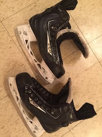 CCM pump hockey skates 48K ribcore men's size 9.5 new blades and laces Toronto, M3J 2B8