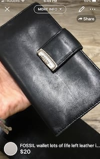 FOSSIL wallet lots of life left leather in good condition gently used London, N5W 1E8