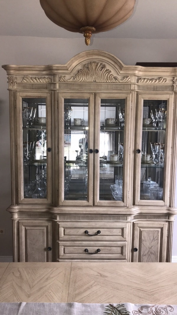Formal Dining Room Table With China Cabinet