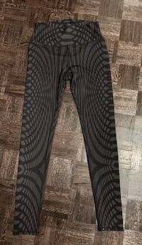 Alo Leggings / Tights
