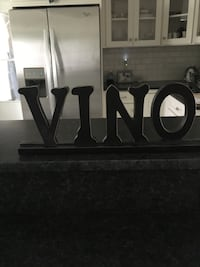 Wood wine knick knack piece Melbourne, 32935