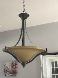 Light fixture - perfect condition  Pickering, L1V 6V7