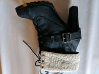 pair of black leather heeled boots Bradford West Gwillimbury, L3Z 2Y9