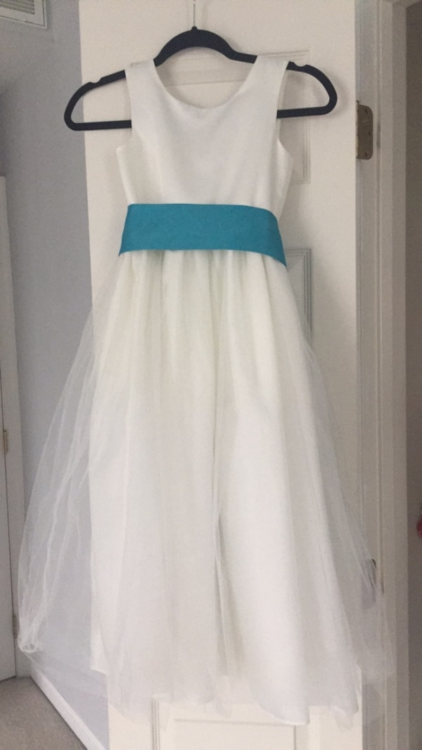 Flower girl dress size 8