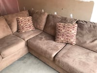 Three-piece suede sectional couch Bristow, 20136