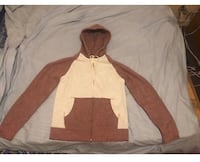 Arizona Jeans Brand Men's Size Medium Sweater. Color: Red/Oatmeal. Brand New. New York, 11416