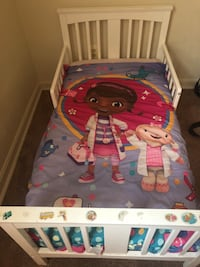 White Toddler Bed with mattress Hyattsville, 20782