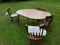 Table and 4 chairs Chestertown, 21620