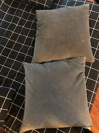 Grey throw pillow Vancouver, V5L 1W7
