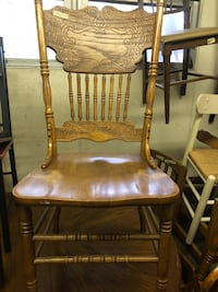 Oak chair 4 for $80 or $20 for one Taneytown, 21787
