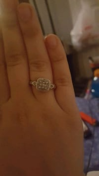 Real silver womans diamond ring $100 Calgary, T2L