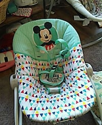 baby's white and green bouncer Napa, 94558