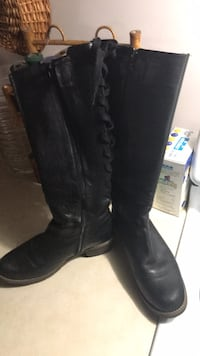 pair of black leather knee-high boots Vancouver, V5Z