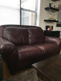 Black leather 2-seat sofa Chicago, 60606