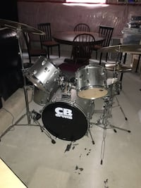 gray and black drum set Wasaga Beach, L9Z 2W6