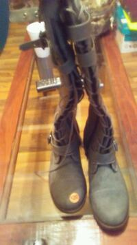NEW REAL LEATHER GREY BOOTS Knoxville, 37938