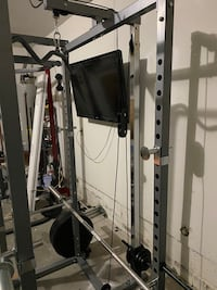 Home Gym Squat rack with Cables.