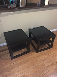 Two matching end tables Livonia, 48152