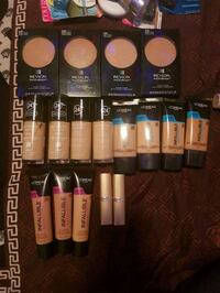 Revlon makeup lot Winnipeg, R3B 2W8