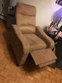 Brown suede recliner sofa chair Vancouver, V6G 1H6