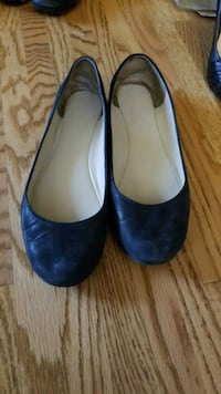 pair of black leather heeled shoes Calgary, T3A 6A8