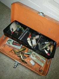 Tackle box with lures 38 km