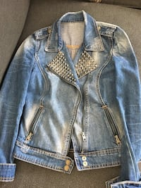 blue denim button-up jacket Ottawa, K1W 0A8