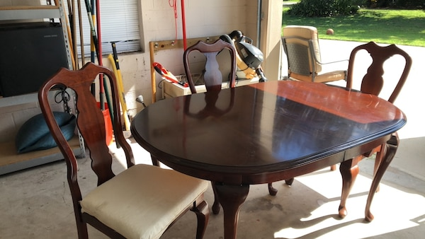 Used Dining Table With 3 Chairs For Sale In Orlando Letgo