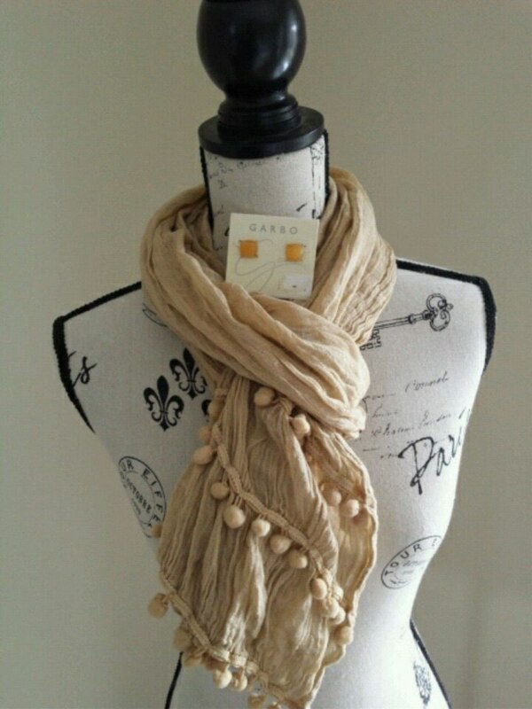 Scarf and earrings....caramel color.