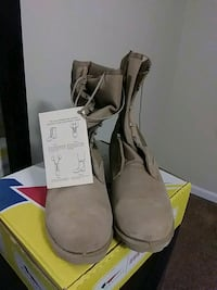 New work boots size 12