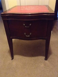 A show stopper! Beautiful refinished antique side table Monroe, 28110