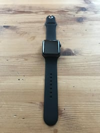 Apple Watch Series 3 42mm GPS space gray with charger