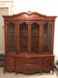 Solid oak wood dining room Antique Hutch Richmond Hill, L4E 4W3