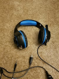 black and blue corded headset Tigard, 97223