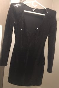 Sequins dress size s-m- worn once from fashion nova evening collection Mississauga, L5B 0H4
